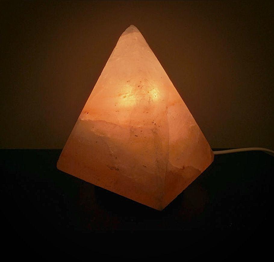 lampada-di-sale-rosa-piramide